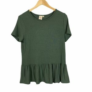 Live in the Moment green short sleeve stretchy top